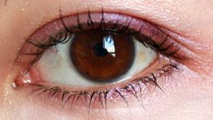 vos yeux! ( attention âmes sensibles: oeil en gros plan ^^) - Page 12 Oeil